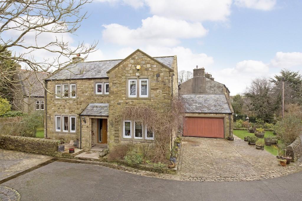 4 Bedrooms Detached House for sale in Rileys Croft, Long Preston