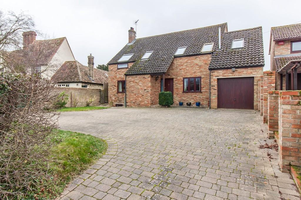 5 Bedrooms Detached House for sale in High Street, Great Wilbraham
