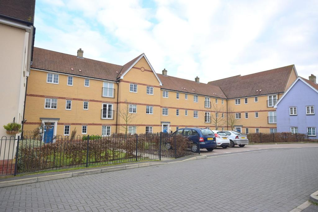 2 Bedrooms Apartment Flat for rent in Bramble Road, Witham