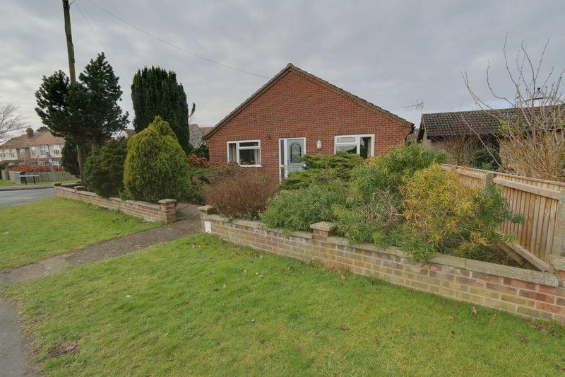 3 Bedrooms Detached Bungalow for sale in Lynn Road, Ely
