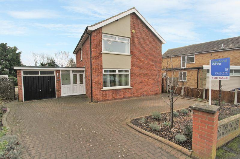 4 Bedrooms Detached House for sale in Aiskew Grove, Fairfield, Stockton, TS19 7RB