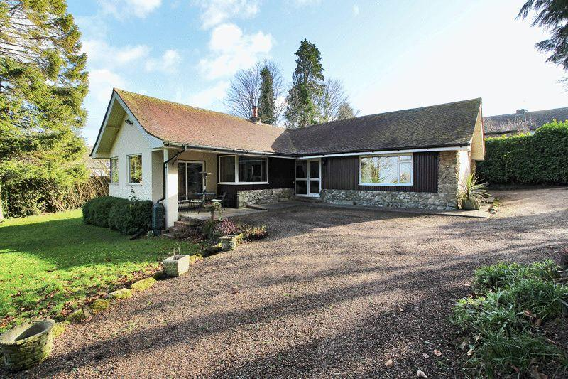 3 Bedrooms Detached Bungalow for sale in Off Beacon Road, Crowborough, East Sussex
