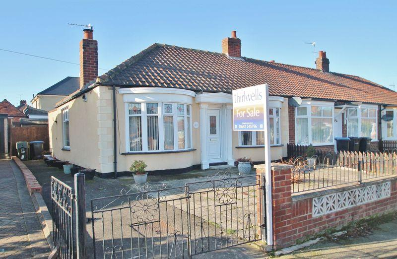 2 Bedrooms Semi Detached Bungalow for sale in Roseberry Road, Longlands