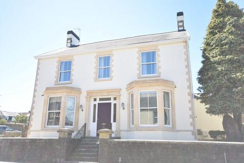 5 bedroom detached house to rent - Rhoscelyn, 36 Eastgate, Cowbridge, The Vale of Glamorgan, CF71 7DG