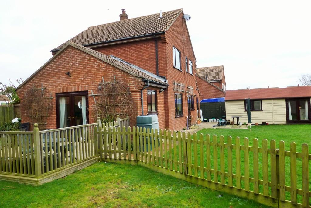 3 Bedrooms Detached House for sale in Bacton