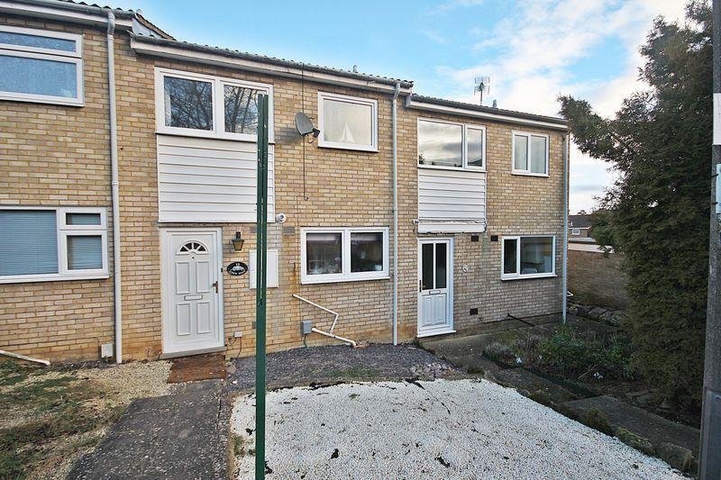 2 Bedrooms Terraced House for sale in Finch Walk, Flitwick