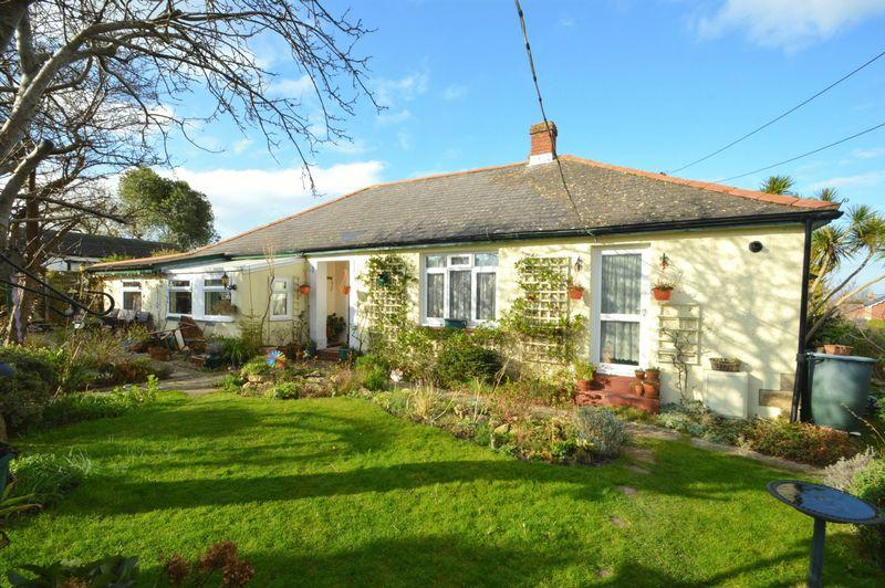 3 Bedrooms Detached Bungalow for sale in Colwell Bay