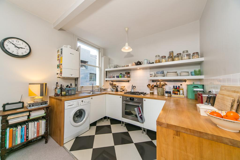 2 Bedrooms Apartment Flat for sale in Mountgrove Road, London