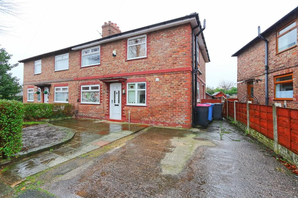 3 Bedrooms Semi Detached House for sale in 9 Allenby Road, Cadishead