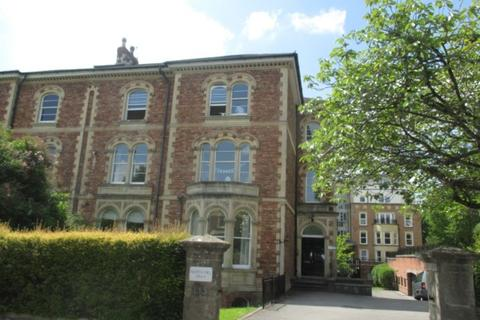 2 bedroom apartment to rent - North Hill Villas, Clifton, BS8