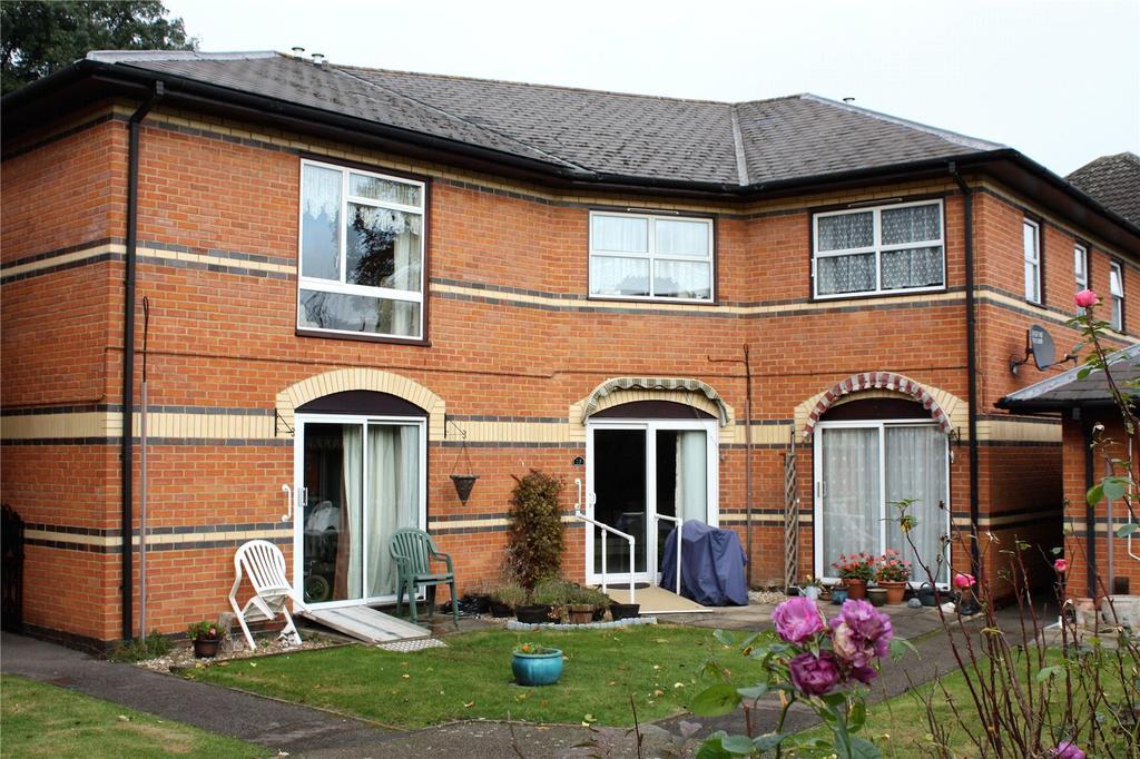 1 Bedroom Apartment Flat for sale in Windsor Court, 11 Tilehurst Road, Reading, Berkshire, RG1