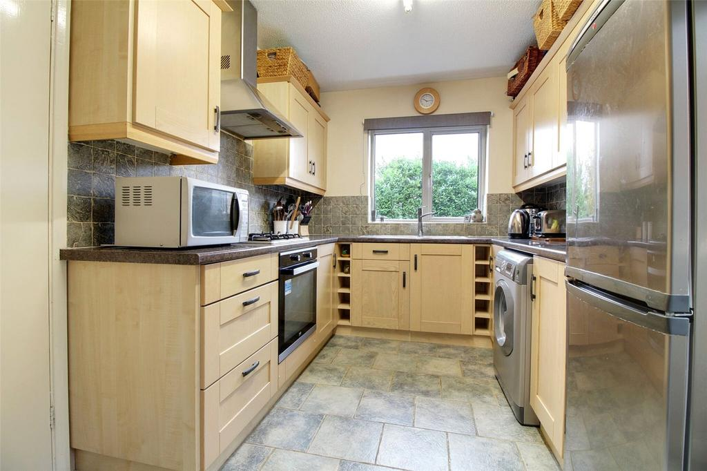 4 Bedrooms Detached House for sale in Berkeley Avenue, Reading, Berkshire, RG1