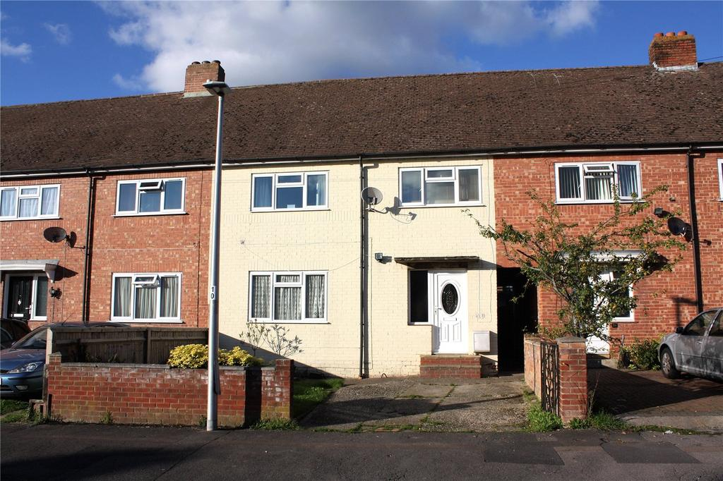 3 Bedrooms Terraced House for sale in Ambrook Road, Reading, Berkshire, RG2