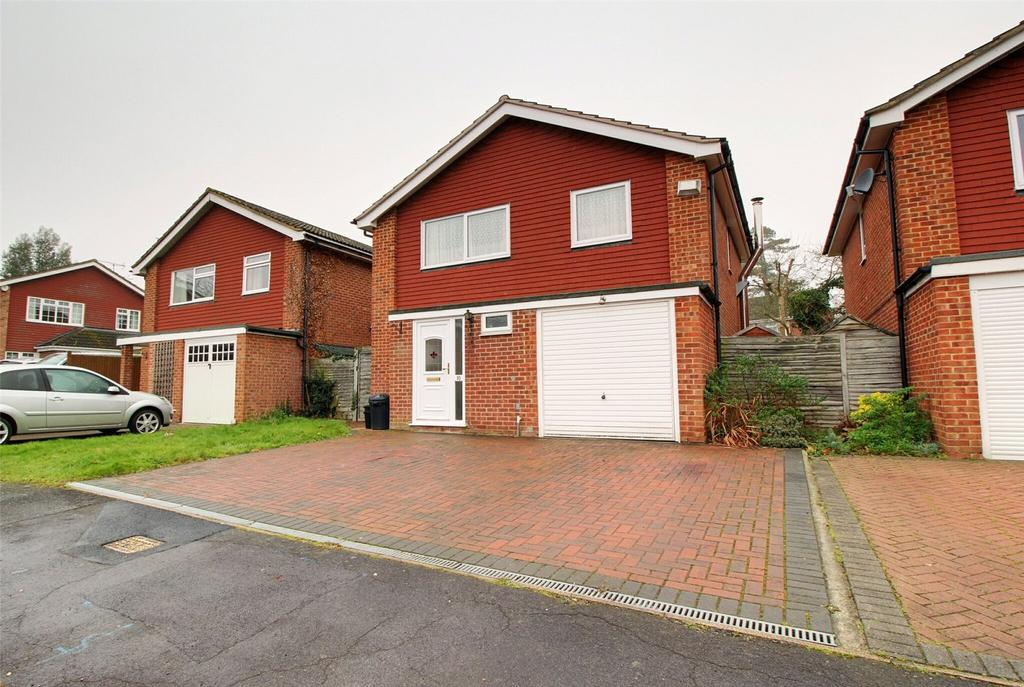 4 Bedrooms Detached House for sale in Askew Drive, Spencers Wood, Reading, Berkshire, RG7