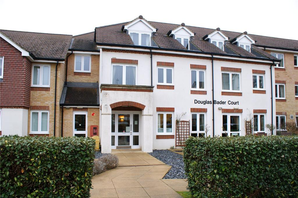 1 Bedroom Retirement Property for sale in Douglas Bader Court, Howth Drive, Reading, Berkshire, RG5