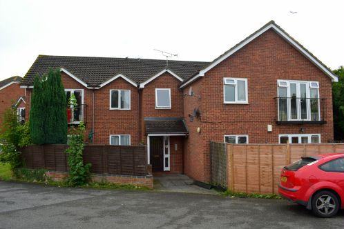 1 Bedroom Flat for sale in Bower Court, Slough