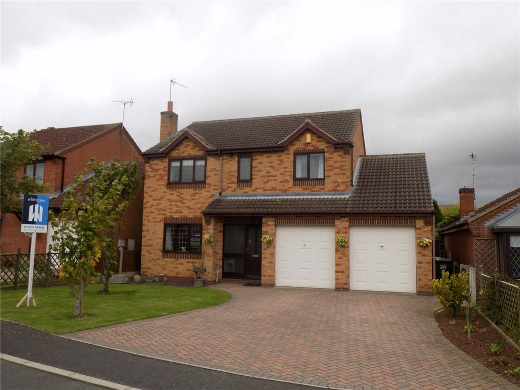 4 Bedrooms Detached House for sale in Compton Drive, Creswell, Nottinghamshire, S80