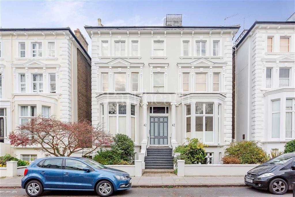 4 Bedrooms Flat for sale in Belsize Park Gardens, Belsize Park, London