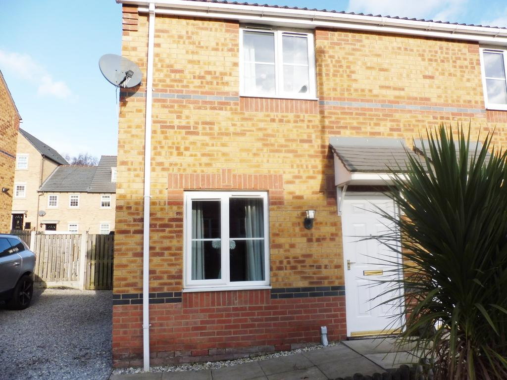 2 Bedrooms Semi Detached House for sale in Portland Street, Barnsley S70
