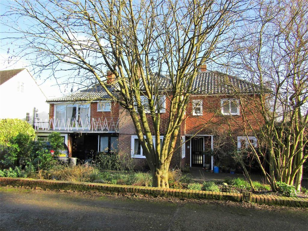 5 Bedrooms Detached House for sale in High View, Hitchin, SG5