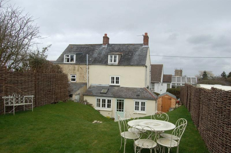 3 Bedrooms Semi Detached House for sale in Providence Cottages, Melbury Road, Yetminster, Sherborne, DT9