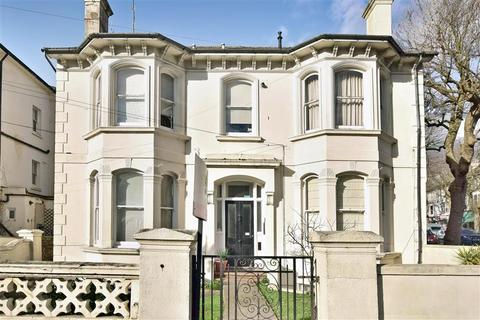 2 bedroom flat for sale - Springfield Road, Brighton, East Sussex