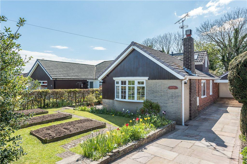 3 Bedrooms Semi Detached House for sale in Aspin Oval, Knaresborough, North Yorkshire