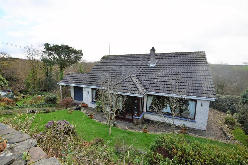 4 Bedrooms Detached House for sale in St. Ishmaels, Haverfordwest