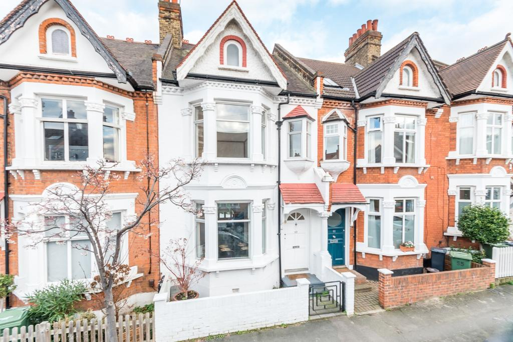 4 Bedrooms Terraced House for sale in Tulsemere Road West Norwood SE27