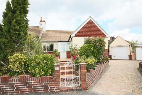 2 bedroom semi-detached bungalow to rent - Galliers Close, Brighton