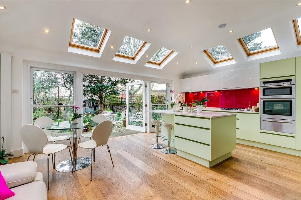 4 Bedrooms Terraced House for rent in Harvard Road, Chiswick, London