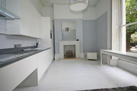 2 bedroom flat for sale - St Georges Road, Cheltenham