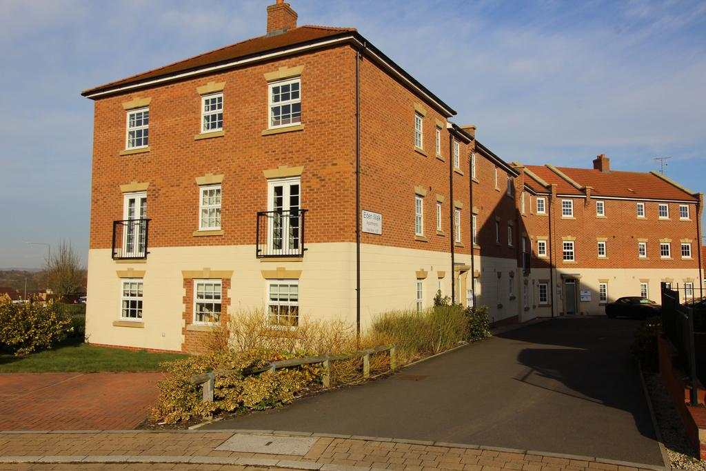 2 Bedrooms Apartment Flat for sale in Eden Walk, Bingham, Nottinghamshire NG13