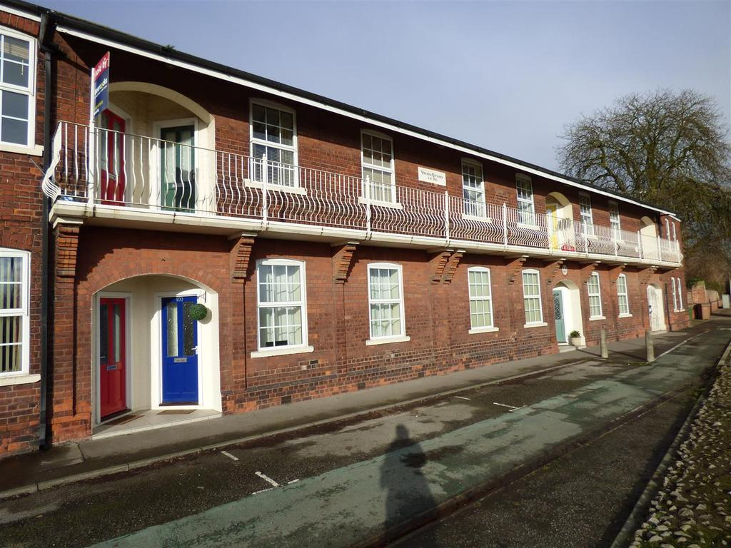 2 Bedrooms Flat for sale in Victoria Cottages, Victria Road, Beverley