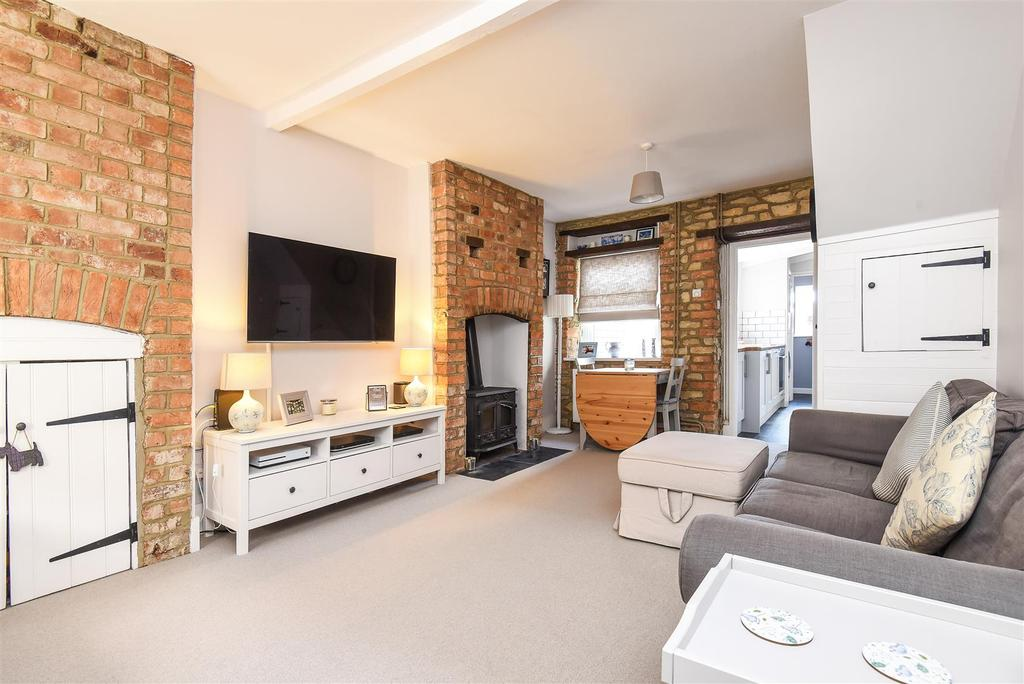 3 Bedrooms Terraced House for sale in The Crofts, Witney