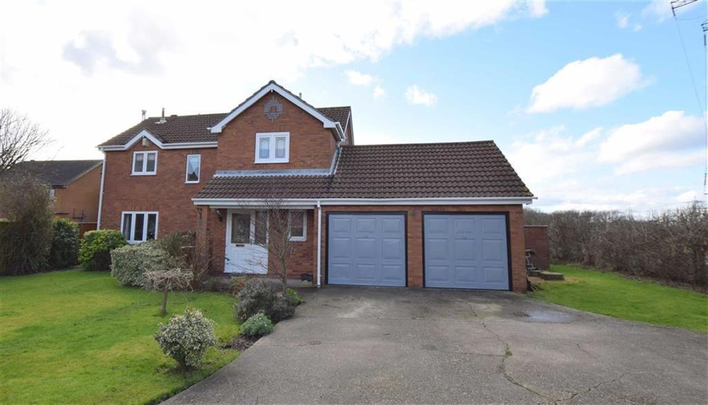 4 Bedrooms Detached House for sale in Albatross Drive, Grimsby, North East Lincolnshire