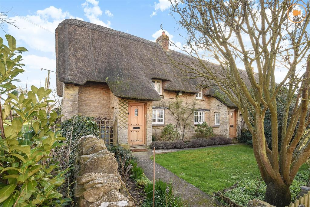 3 Bedrooms Cottage House for sale in Chapel Hill, Brize Norton