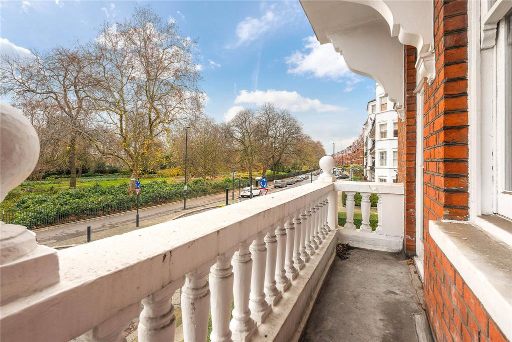 3 Bedrooms Apartment Flat for sale in Prince Of Wales Drive, Battersea, London, SW11