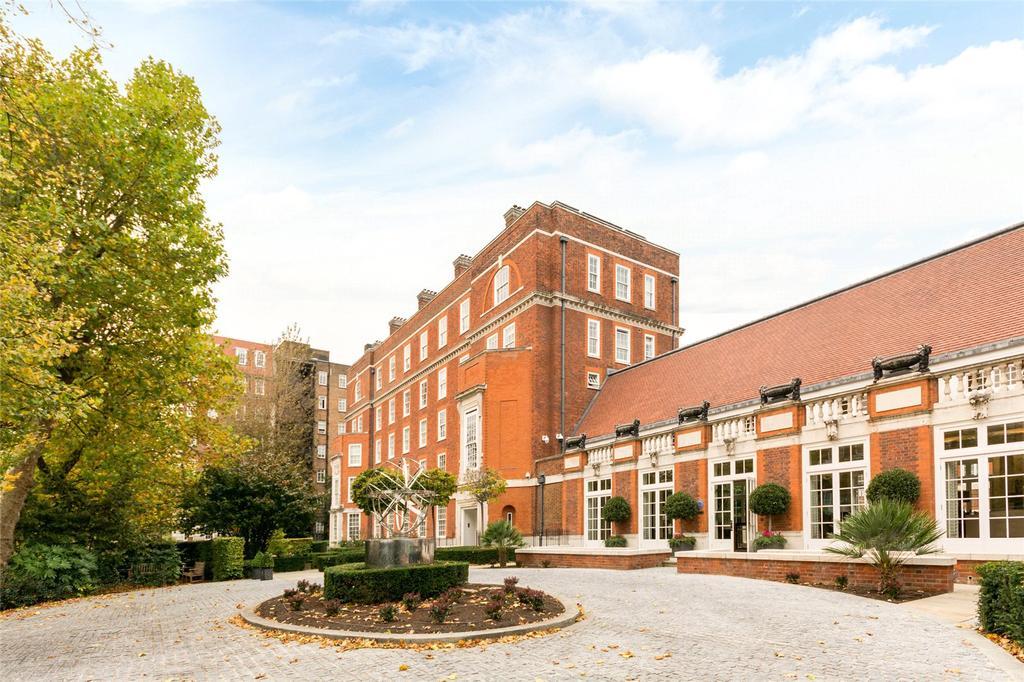 3 Bedrooms Flat for sale in Academy Gardens, Duchess of Bedfords Walk, London