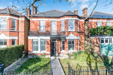 3 bedroom maisonette to rent - Chestnut Road, London