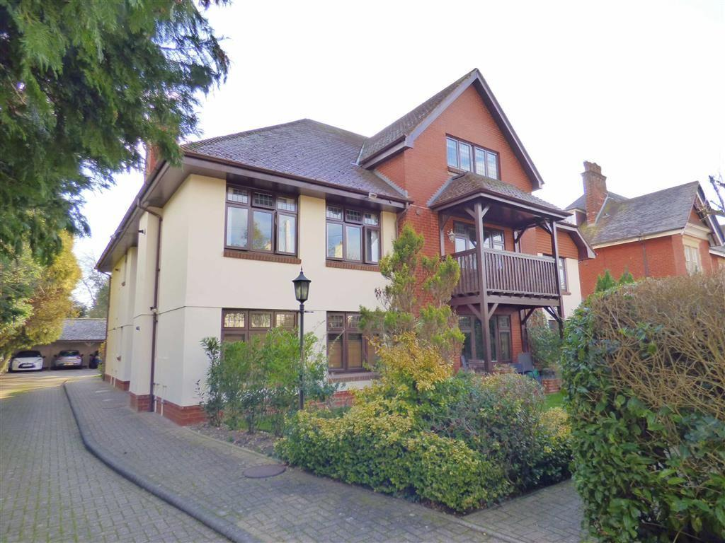 2 Bedrooms Flat for sale in St Anthony's Road, Meyrick Park, Bournemouth, Dorset