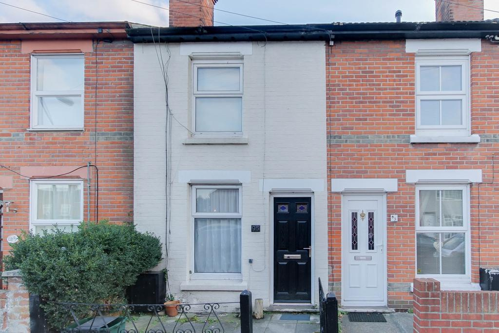 3 Bedrooms Terraced House for sale in Lisle Road, Colchester, CO2