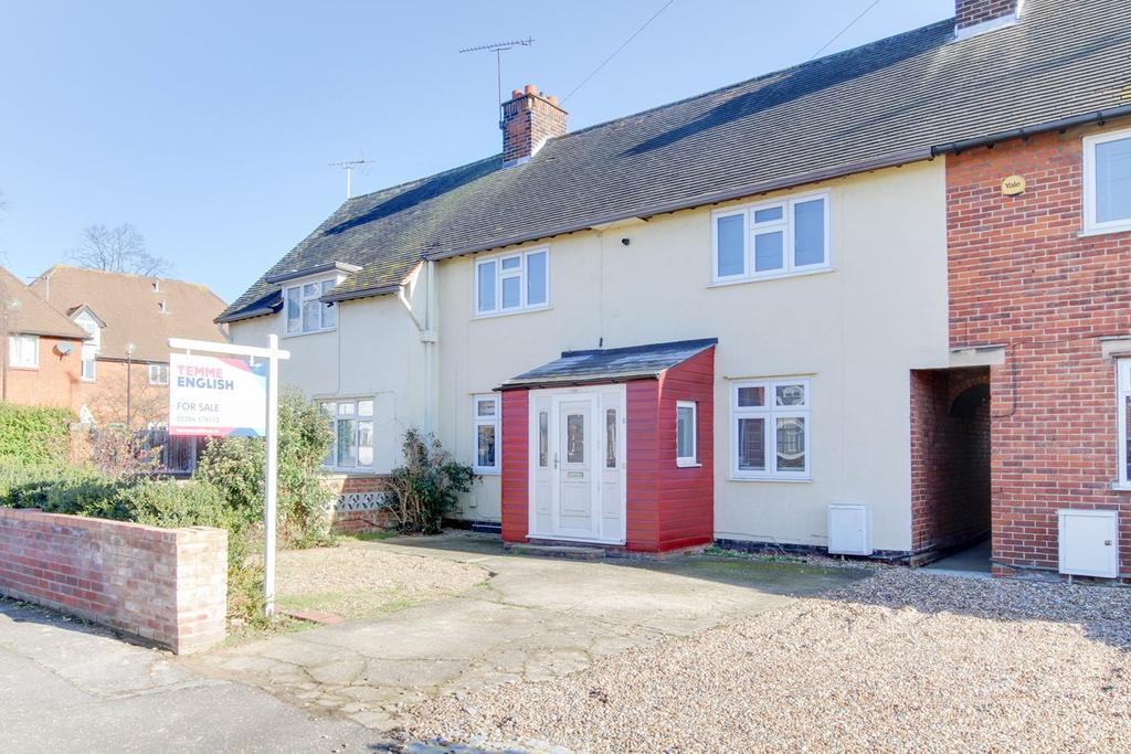 3 Bedrooms Terraced House for sale in Catchpool Road, Colchester, CO1
