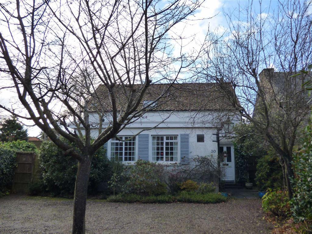 3 Bedrooms Detached House for sale in Hepburn Gardens, St Andrews, Fife