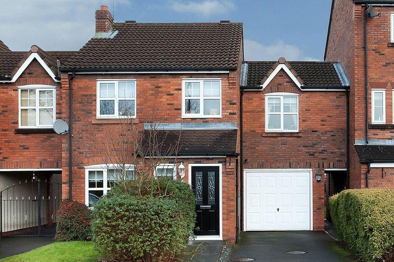 4 Bedrooms Link Detached House for sale in Thomson Gardens, West Heath, Congleton