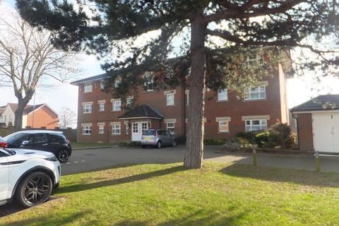 2 bedroom ground floor flat to rent - BURNS CLOSE, BILLERICAY CM11