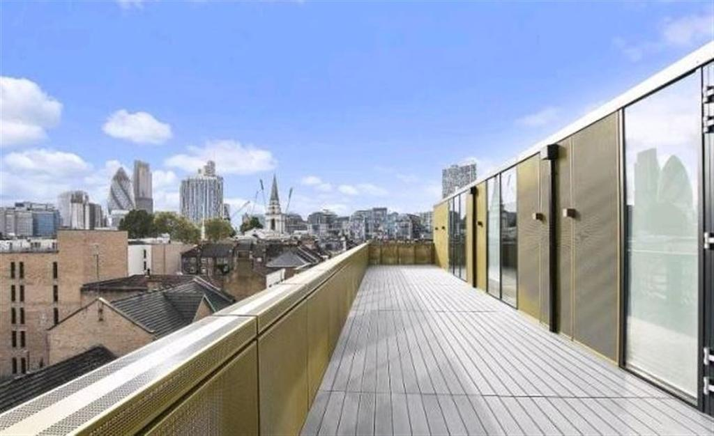 3 Bedrooms Flat for rent in Britannia House, Hanbury Street, London