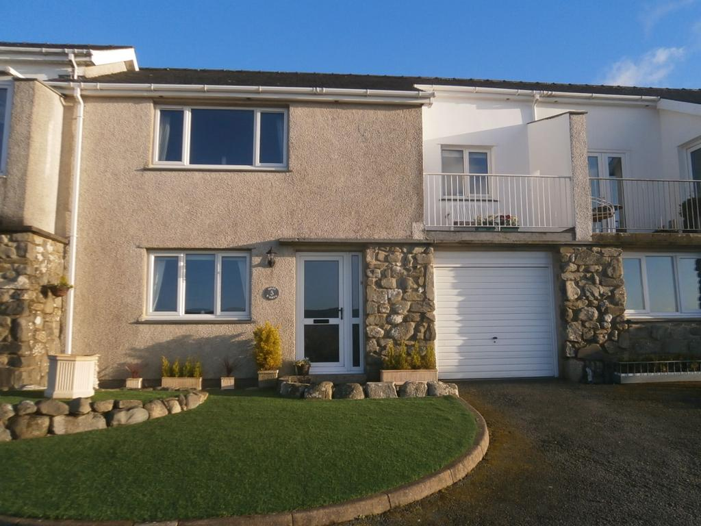 3 Bedrooms Town House for sale in 5 Heol Y Bryn, Harlech LL46