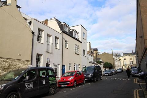 2 bedroom maisonette to rent - Queensbury Mews, Brighton