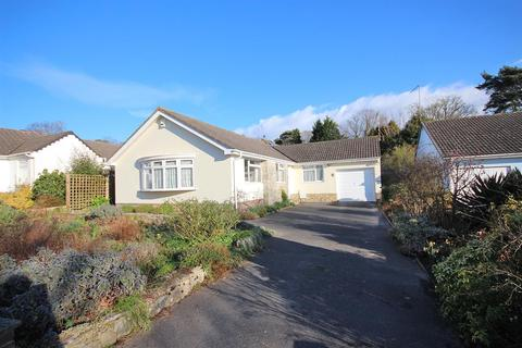 3 bedroom detached bungalow for sale - Steepleton Road, Broadstone